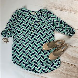 Wishful park chevron top size medium